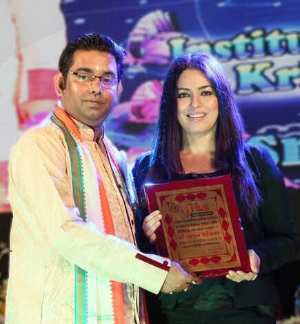 Gopal Bhattacharjee with Bollywood star, Mahaima Chaudhury
